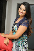 Ester Noronha Photos-thumbnail-3