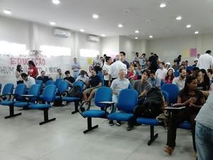 Professores da Ufal decidem em assembleia pelo fim da greve