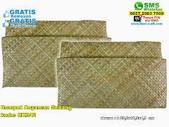 Dompet Anyaman Sedang