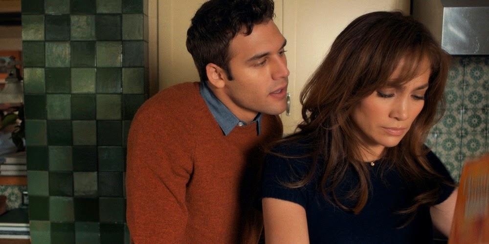 Ryan Guzman e Jennifer Lopez em O GAROTO DA CASA AO LADO (The Boy Next Door)