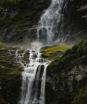 Air Terjun Paling Bahaya di Dunia