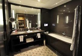 Bathroom best hotel bathroom gallery for Best bathrooms vegas
