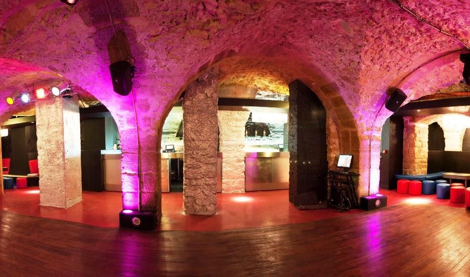 Balada Jane Club em Paris