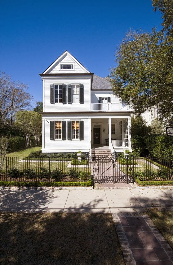 19th century clapboard home in New Orleans, LA