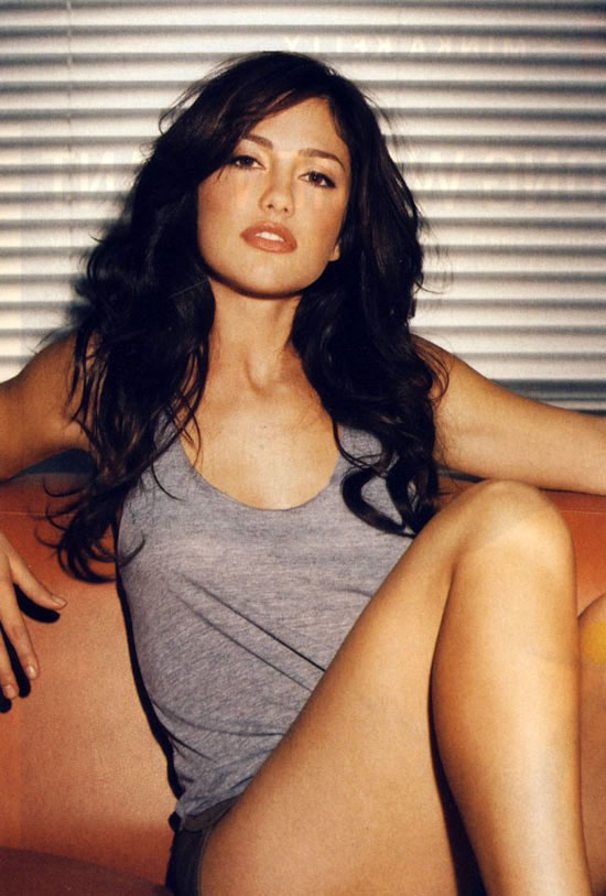 Minka Kelly Plastic Surgery. breast Breast+breathing