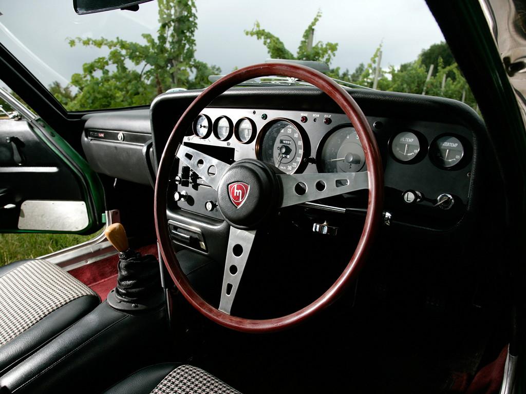 Mazda Cosmo Sport, stary japoński sportowy samochód, kultowy, klasyk, oldschool, piękny design, zdjęcia, 日本車, スポーツカー, クラシックカー, マツダ, wnętrze, interior