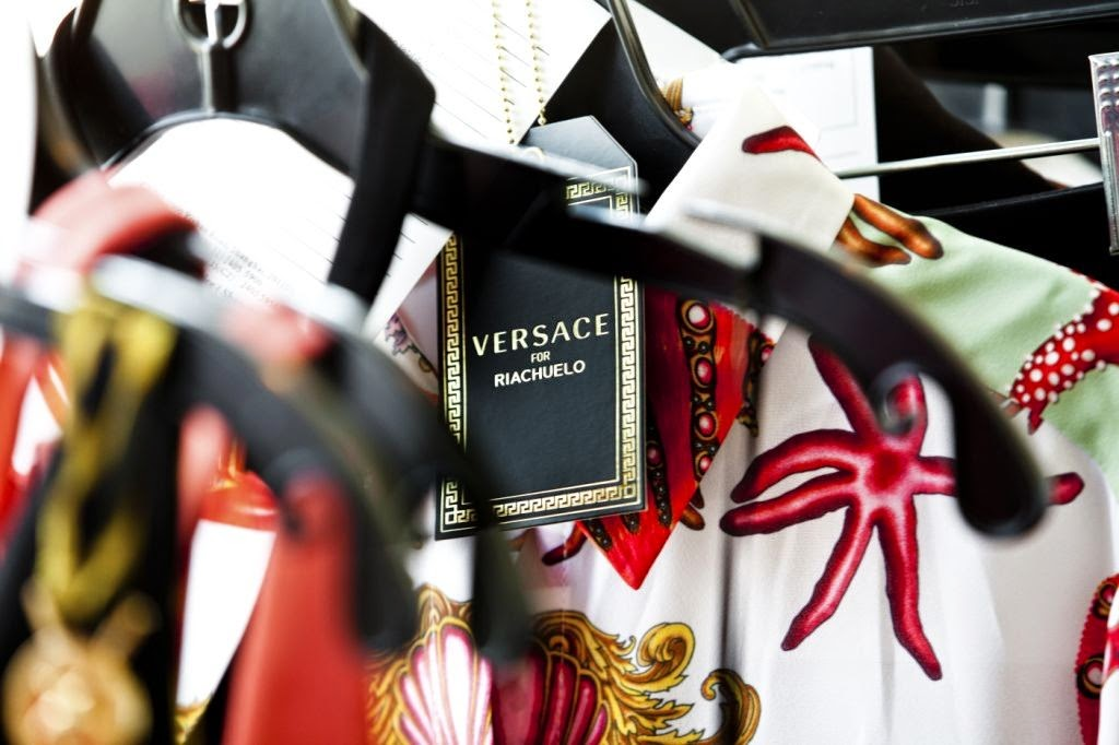 Versace for Riachuelo make of