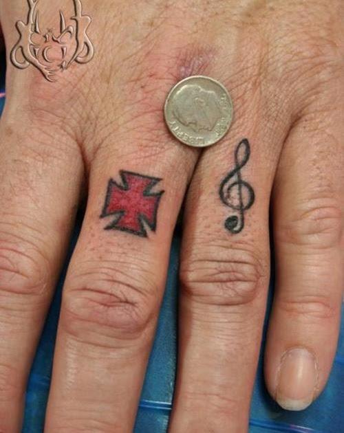 Salma hayek hot finger ring tattoos for Finger tattoo cost