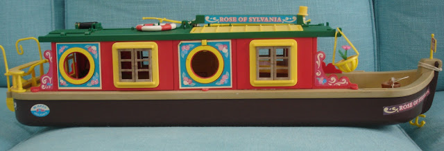 Tomy Sylvanian Families Rose of Sylvania Canal Boat