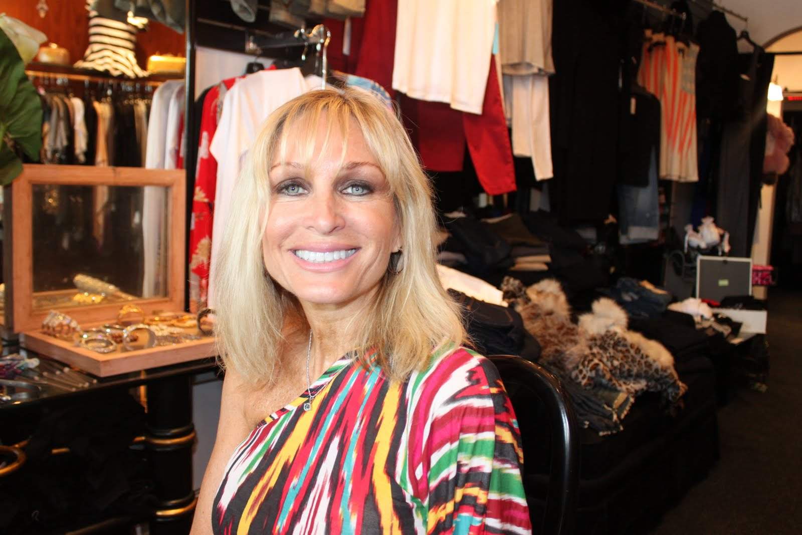 Kim D Hair Extensions By Hair Goddess Of Ny Hair And Beauty