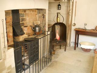 Kitchen+New+Inn-Stowe-Gary+Webb-National+Trust