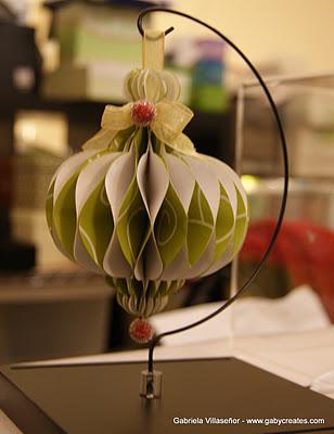 http://www.gabycreates.com/2011/12/honeycomb-ornament.html