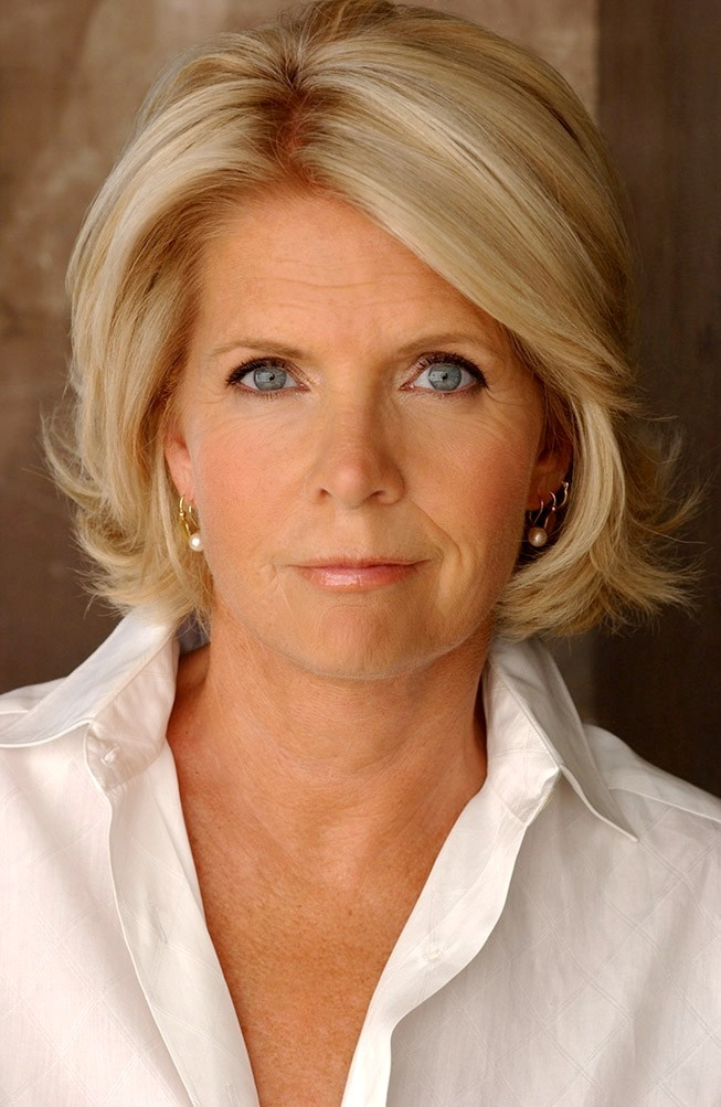 Meredith Baxter  best known for her role as Elyse Keaton on Family    Meredith Baxter Birney 2013
