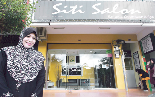 kota tinggi muslim girl personals A raja of johor amassed a sizeable fleet and had mate- rial support from the  the terengganu sultanate lost portion.