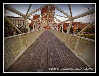 Fotografia del puente de los enamorados en el mundo
