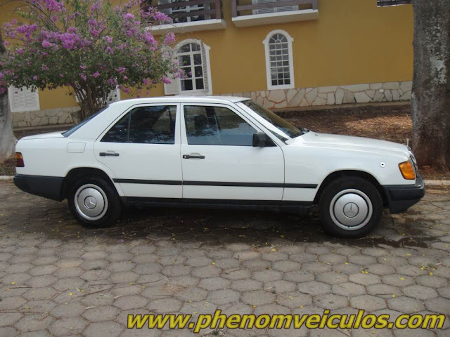 Mercedes-Benz 200 (W124) 1985 à venda