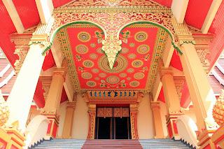 Detalhes do palácio Wat Neua Thatluang
