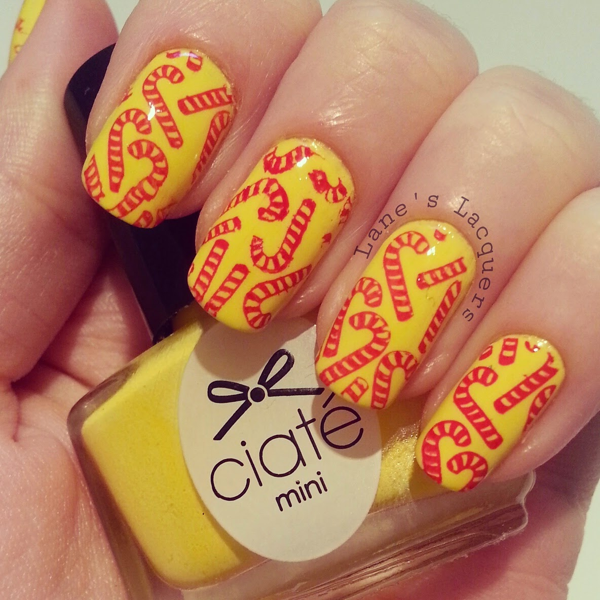 ciate-big-yellow-taxi-candy-cane-xmas-nail-art (2)