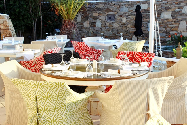 Grandma's restaurant, Liostasi hotel & spa (Ios, Greece). Where to eat in Ios. Best restaurants in Ios. Ios island restaurants.