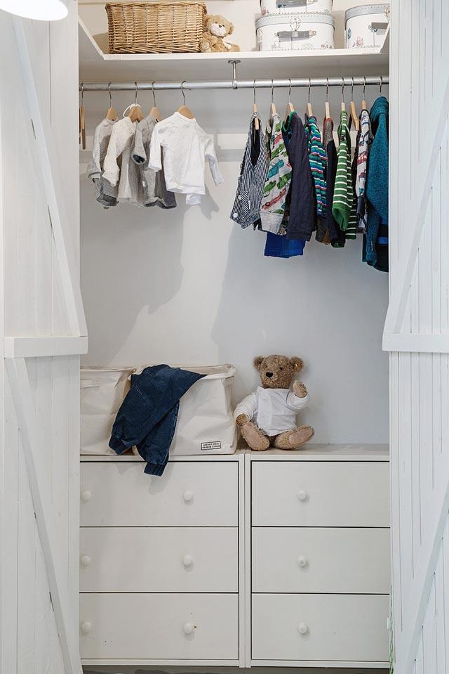 Habitación infantil en color blanco