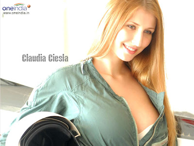 wallpaper of girls with bra. Claudia Ciesla Wallpapers