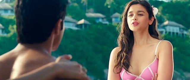 alia bhatt cleavage show