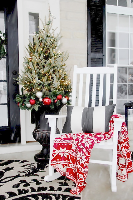 The Yellow Cape Cod 2015 Holiday House Tour