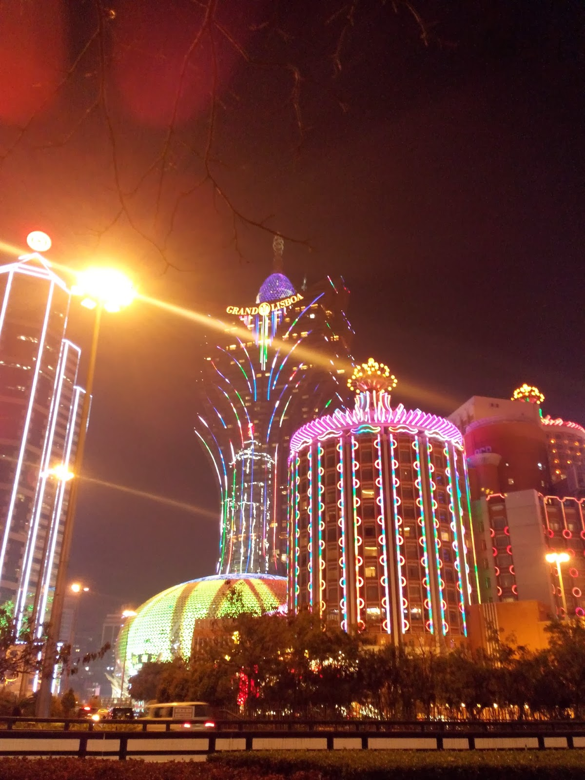 15 Must Visit Macau Attractions & Travel Guide - TommyOoi.com