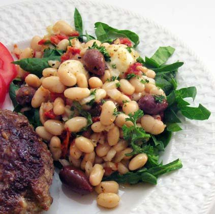 Tuscan White Bean Salad with Spinach, Olives, and Sun-Dried Tomatoes ...