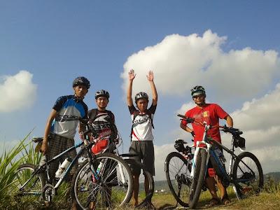 tim gowes Bike to UGM