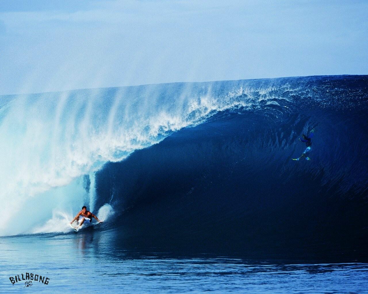 http://3.bp.blogspot.com/-PHE2qYY_DO0/UCIlYwF5WRI/AAAAAAAAG20/WfZuK-0Y9c4/s1600/surf-wallpaper-2.jpg