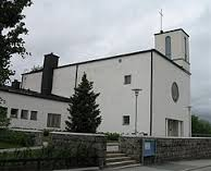 Peli-illat Käpylän kirkon seurakuntatiloissa