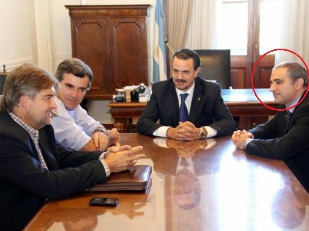 Diego Echen, secretario de Legal y Técnica, junto a Galassi, Freyre y Mirabella, en una reunión por la boleta única.