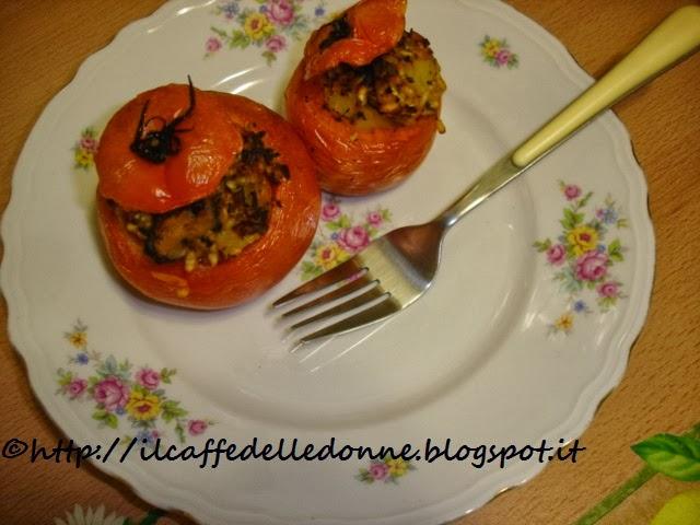 pomodori ripieni di riso patate e cozze