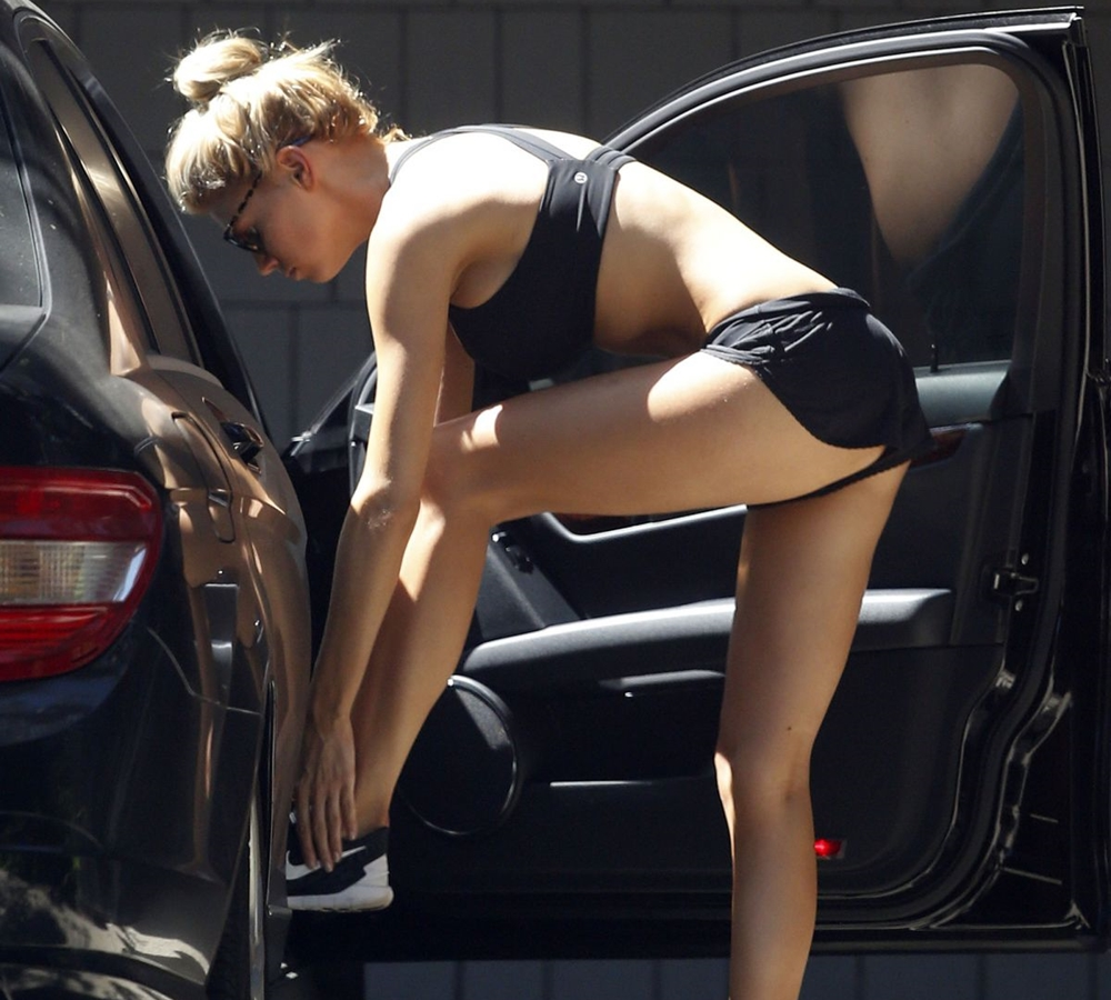 Charlotte McKinney in sport bra and shorts leaves a gym in Los Angeles ...