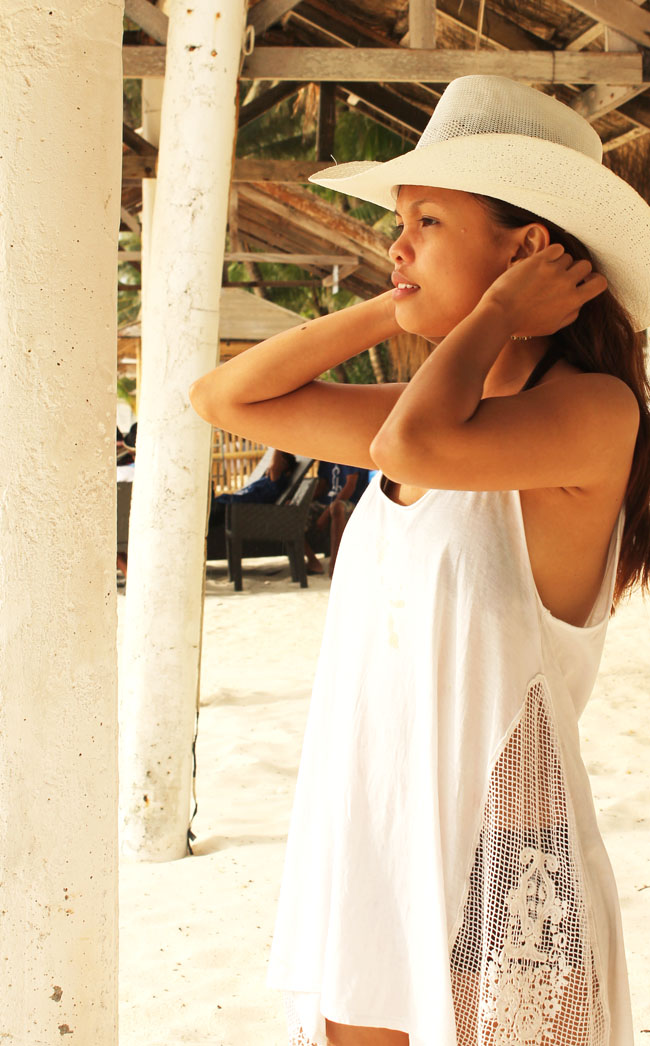 white sand and white zara sleeveless, white sand boracay, White Zara top and White hot (thrifted from a local vendor in Boracay) and White Vintage Earings (Thrifted in D-mall ,Boracay), white zara, white cap, Boracay white shores, Boracay shoreline, white sand and white zara sleeveless, white sand boracay, White Zara top and White hot (thrifted from a local vendor in Boracay) and White Vintage Earings (Thrifted in D-mall ,Boracay), white zara, white cap, Boracay white shores, Boracay shoreline