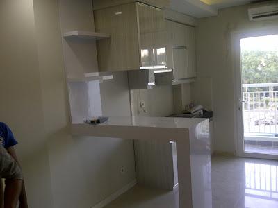 Desain kitchen set di Apartemen
