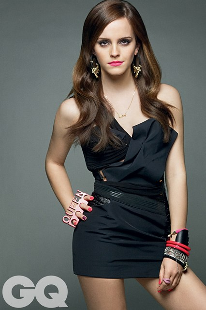 Emma Portrays Nicki For Sofia Coppolas Kleptomaniac Caper Movie The Bling Ring Her Role Is One Of The La Teens Who Use