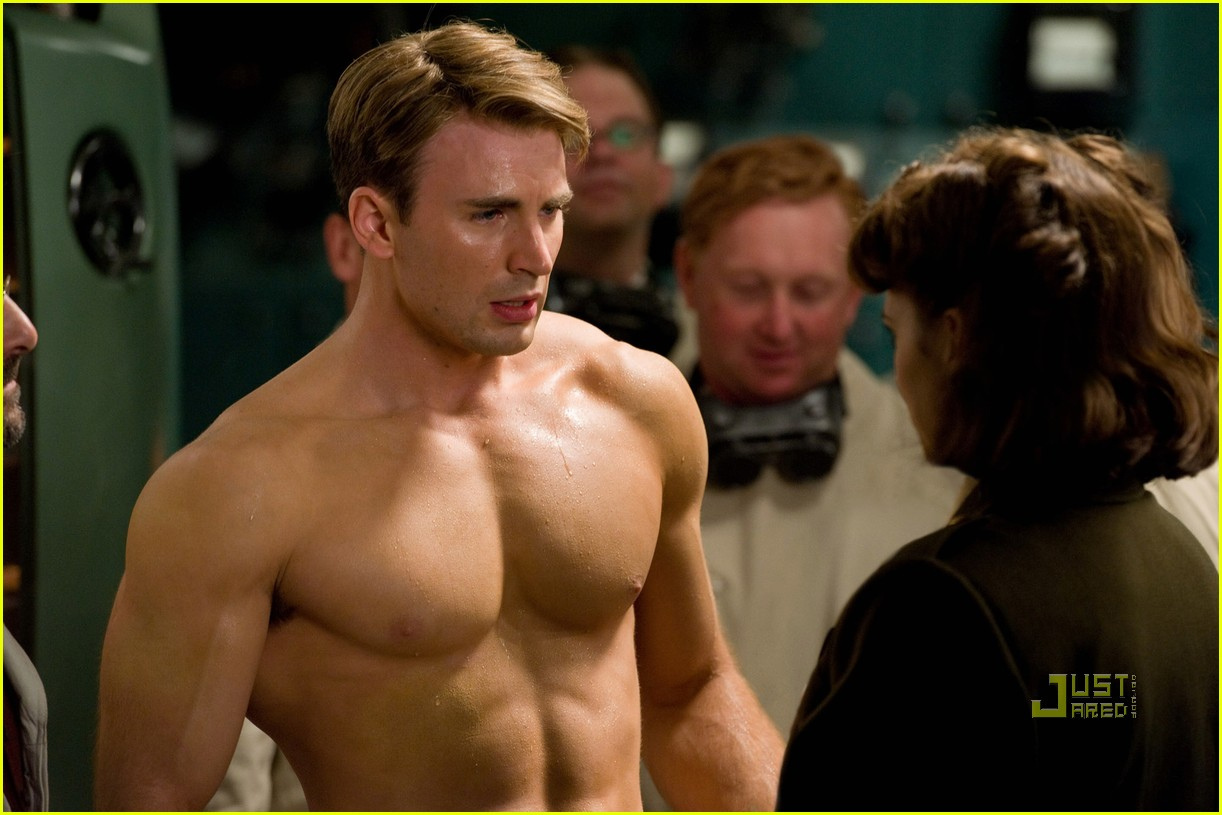 http://3.bp.blogspot.com/-PI03EZiq89Y/Tjf-MgIOm9I/AAAAAAAAn70/mQknTrL5Lc0/s1600/chris-evans-shirtless-.jpg