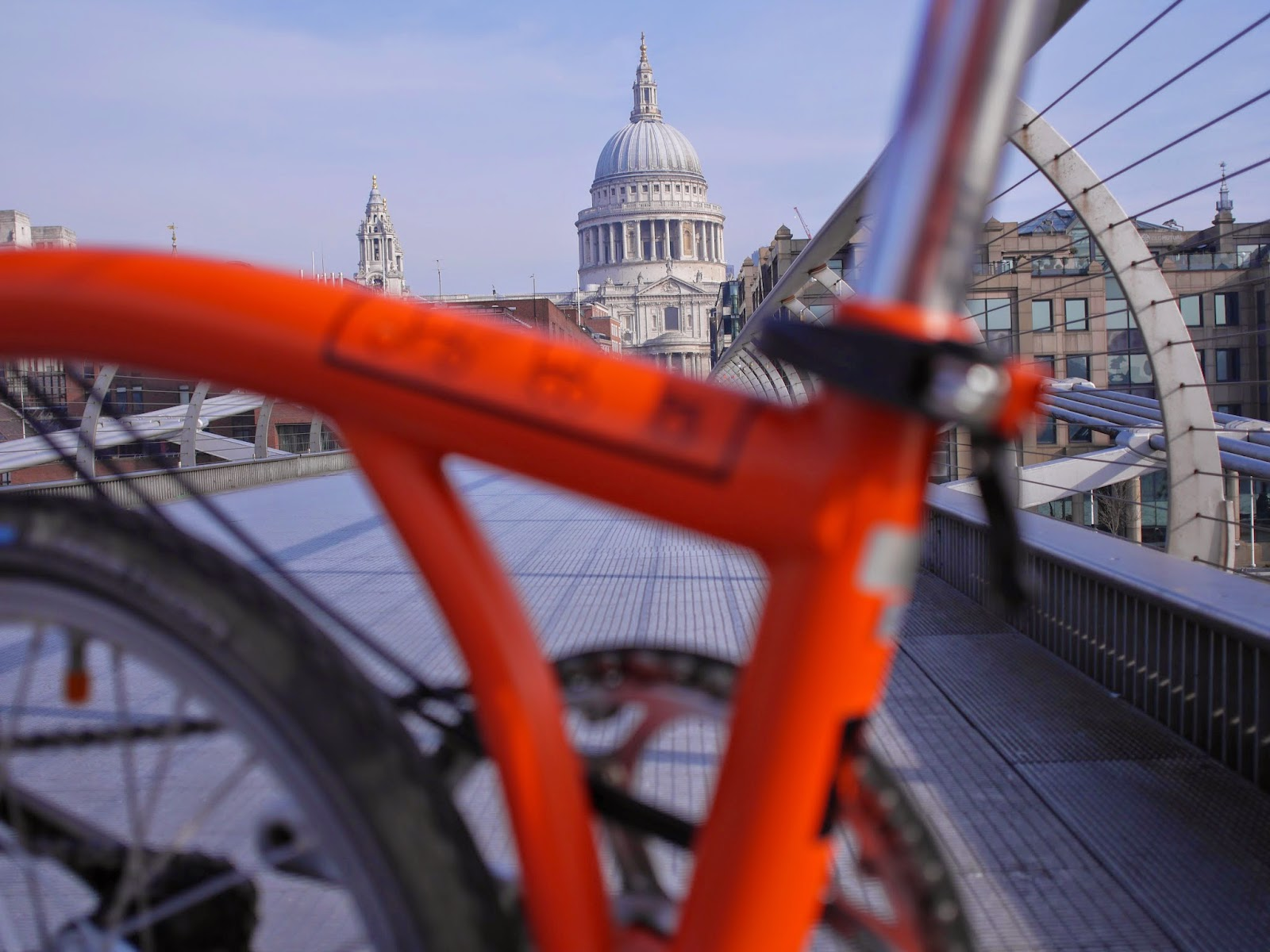 My Orange Brompton November 2014 Cateye Center Fork Bracket For You May Well Have Visited St Pauls Cathedral Example But It Is Your That More Photogenic