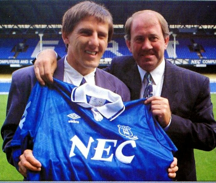 beardsley+everton.jpg