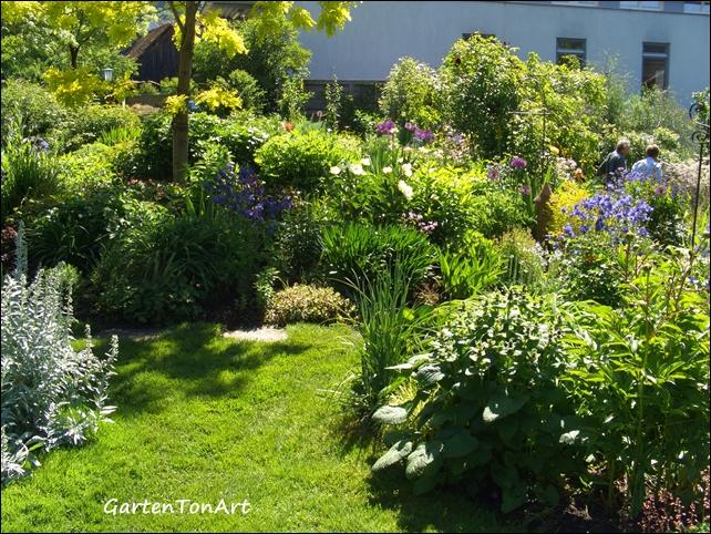 Gartentonart ein garten in vorarlberg for Garten pool vorarlberg