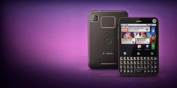 Motorola Charm with Motoblur