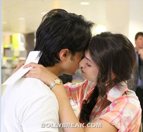 Ali Zafar and Aditi Rao Hydari Kissing in London Paris New York - (6) - Bollywood Movies Kisses in 2012