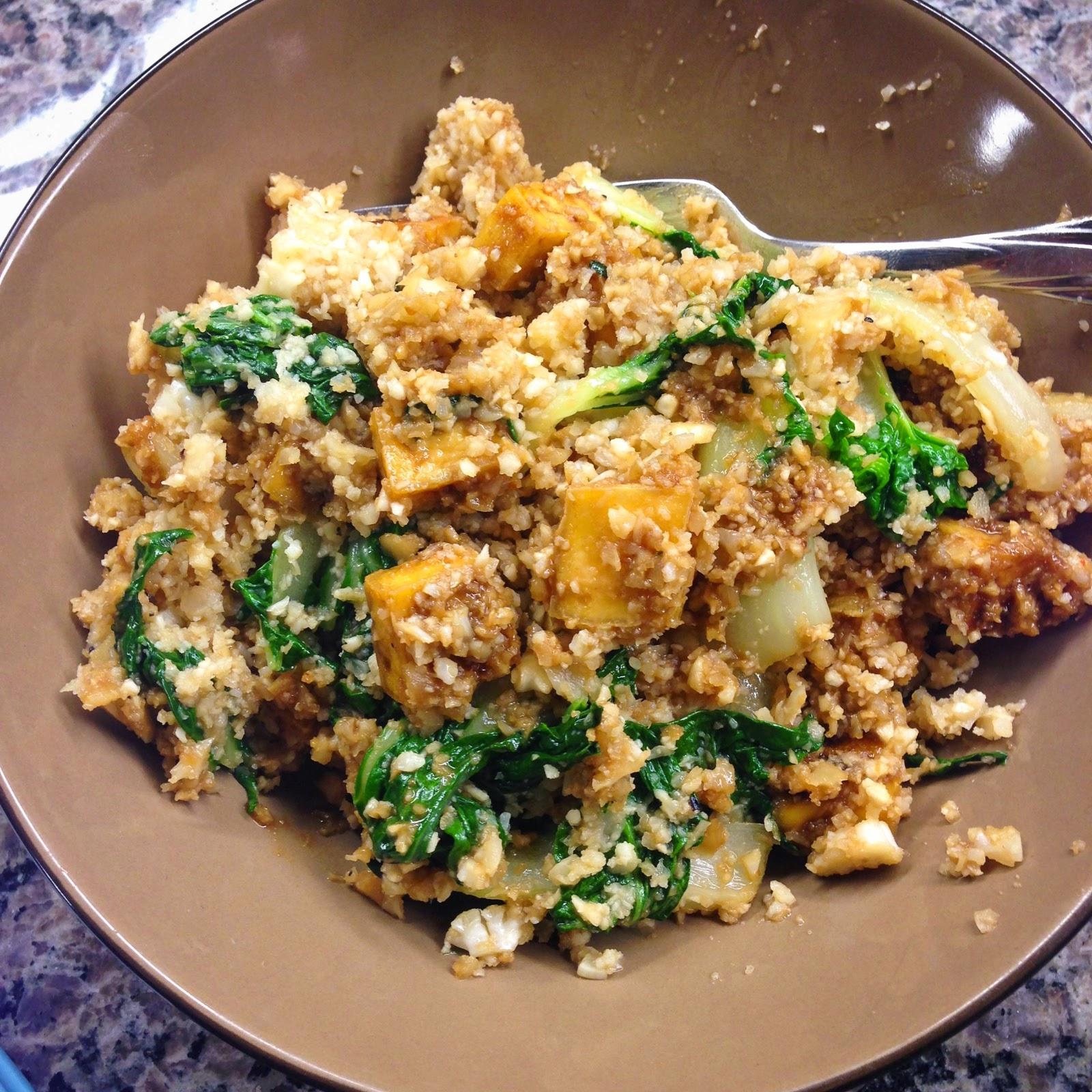 Cauliflower rice with peanut tofu