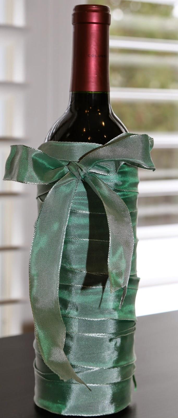 Ribbon Wine Bottle Wrapping Image