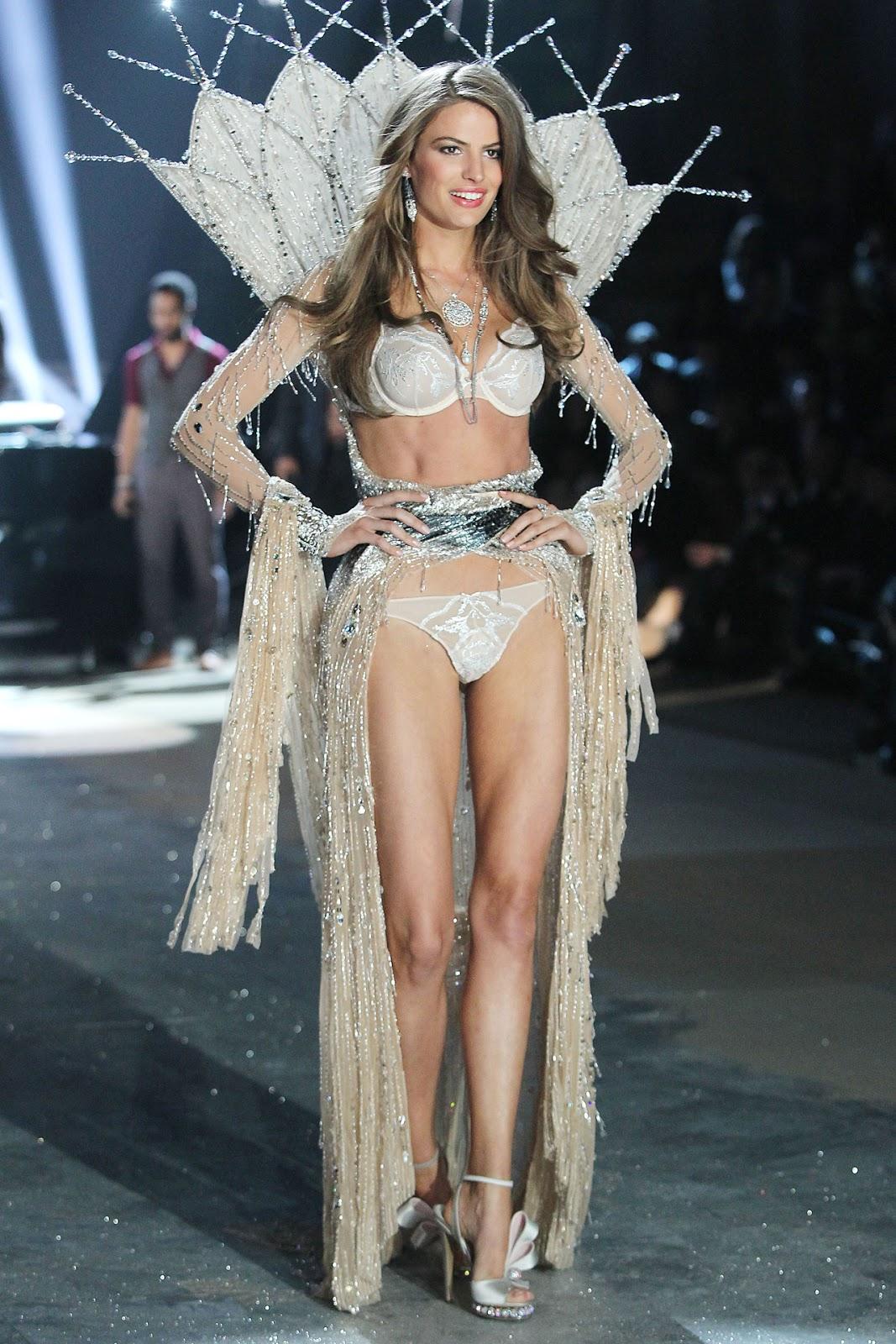 Victoria's Secret Show | Florallys Lingerie
