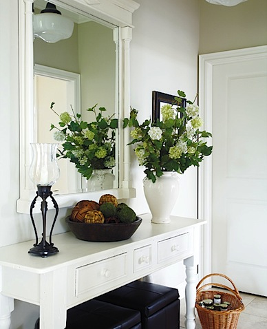 summer entryway inspiration | refresheddesigns.: summer entryway