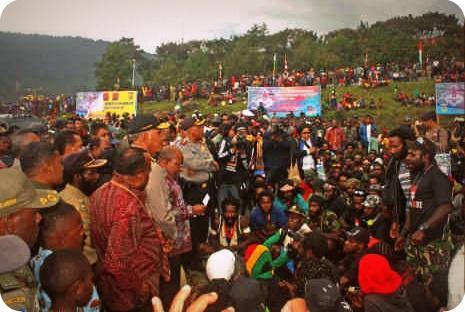 Lukas Enembe Apresiasi Kehadiran TPN OPM di HUT Puncak Jaya