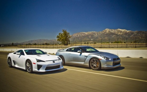 Lexus LFA vs GTR http://autoteach.blogspot.com/2012/07/blog-post.html